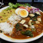 『64 CURRY&CAFE』~No Curry, No Lifeを掲げる元町高架通のスパイスカレー専門店☆~